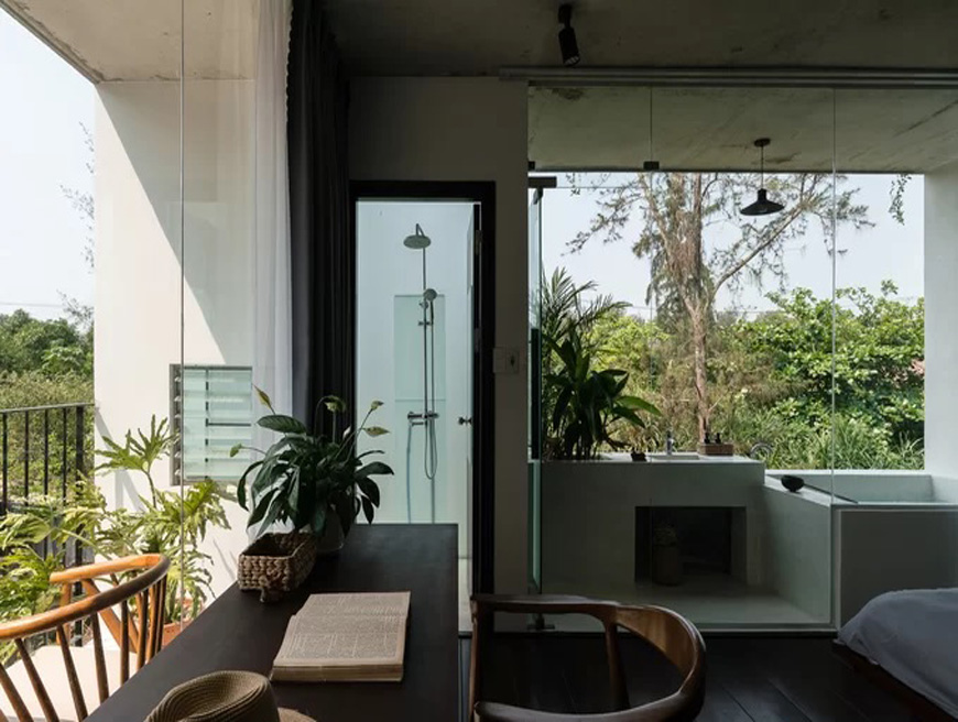 Quang Nam house opens up to nature
